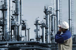 engineer inside oil & gas plant_web